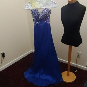 Beaded Long Gown - size 3-4